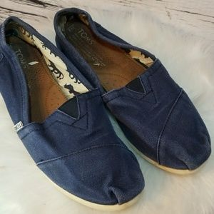 Toms canvas slip on boat shoes flats blue size 8